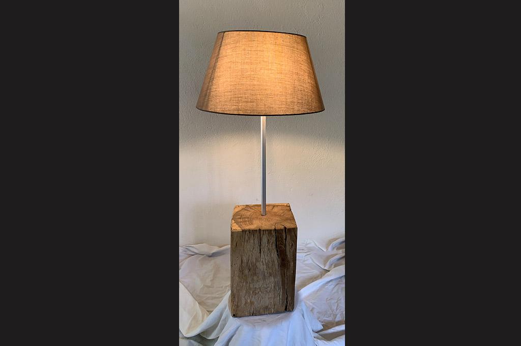 Daniel Van Doorslaer_Fabricant de luminaires_bois brut_3