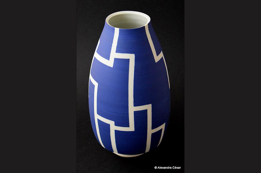 vase bleu, Alexandra César, Céramiste