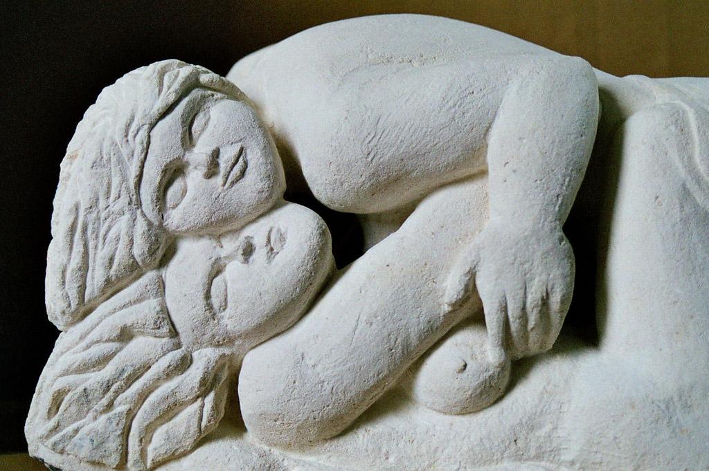 sculpture-pierre blanche-derzou